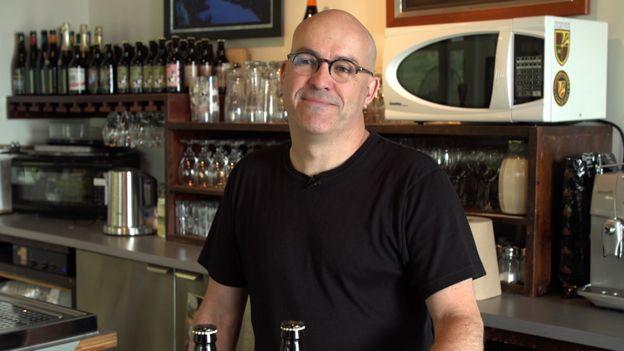 當地一家釀酒廠的聯合創始人特朗布萊(Tremblay)