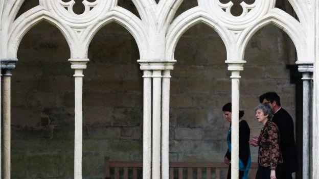ترزا می میگوید بریتانیا همواره از آزادی دین حمایت میکند