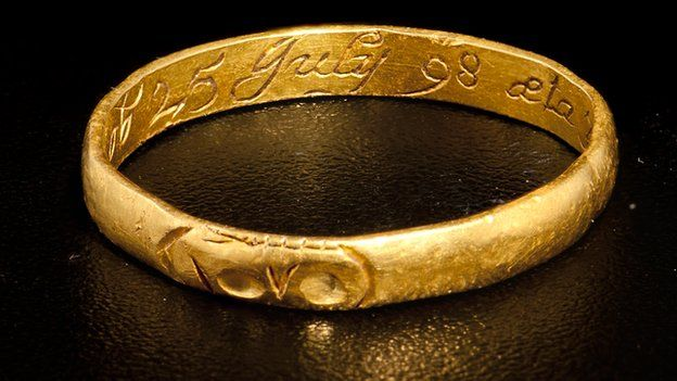 A gold ring declared treasure