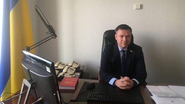Потрапивши до парламенту, Завітневич одразу очолив один з найголовніших комітетів