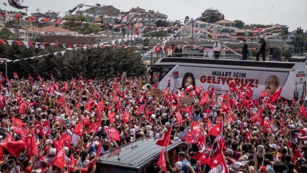 Kampanye calon Partai CHP, Muharrem Ince yang dipandang pemimpin oposisi terkuat melawan Erdogan.