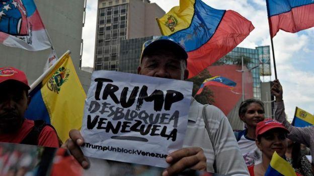 Manifestación en contra de las medidas de Trump