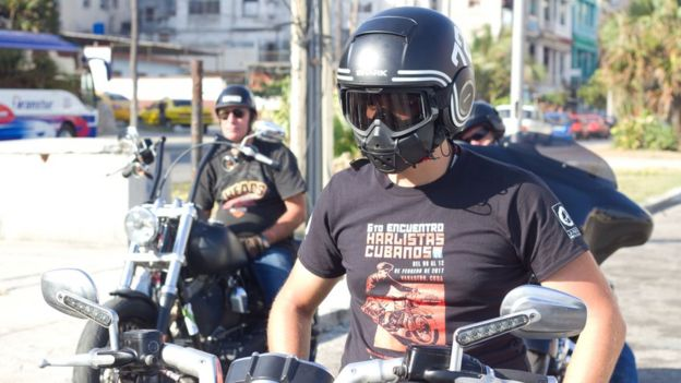 Motorbike riders on Ernesto Guevara's tour of Cuba