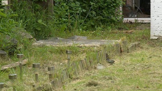 WW2 bunker found under Middlesbrough back garden - BBC News