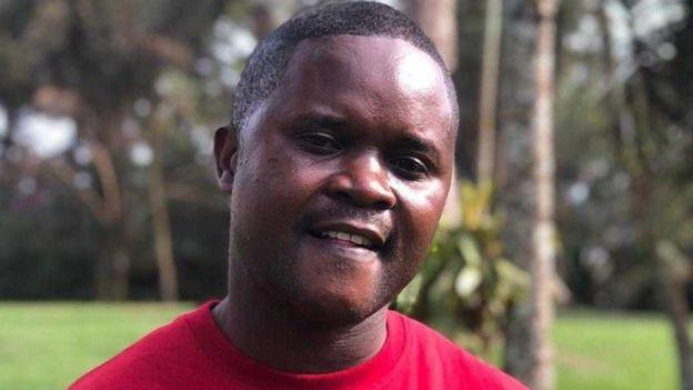 Charles Lwanga-Kikwaya poco después de regresar al trabajo.