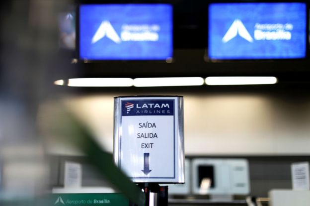 Cartel de Salida de Latam Airlines