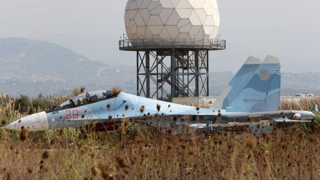 پایگاه هوایی حمیمیم در نزدیکی بندر لاذقیه