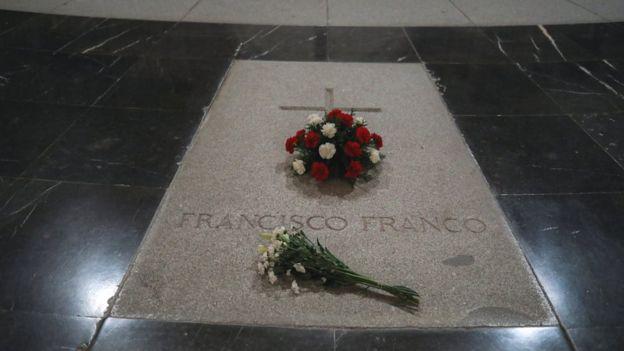 Franco tomb, 19 Jun 18