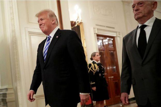Trump y Mattis.