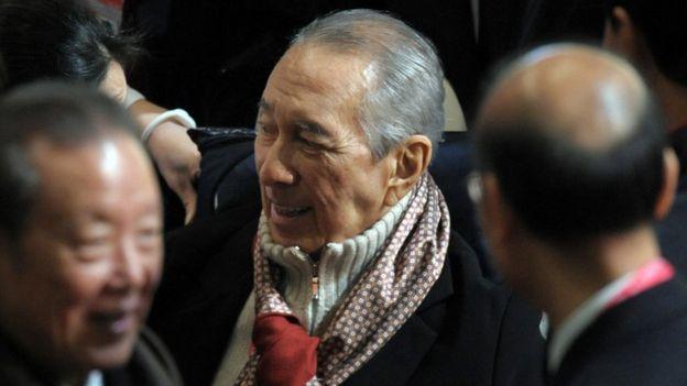 何鴻燊在澳門移交十週年紀念暨崔世安宣誓就任行政長官儀式上(20/12/2009)