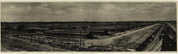 Campo de concentración de Auschwitz: vista de Birkenau — foto tirada por guarda da SS