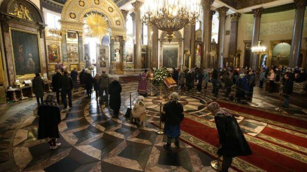 Богослужение в Санкт-Петербурге