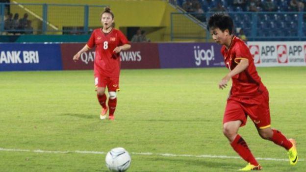 Nguyễn Thị Tuyết Dung mở tỉ số trận đấu ở phút 22