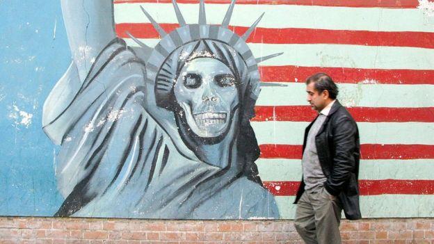 Mural en Teherán