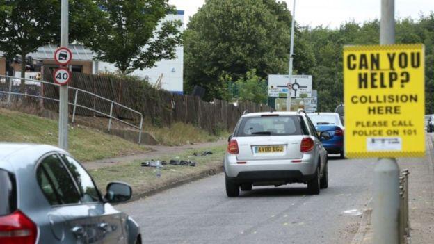 Stevenage Car Cruise Crash Leaves 17 Injured Bbc News