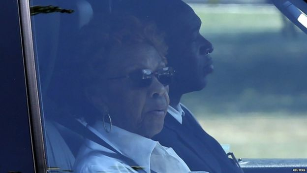 Cissy Houston, mother of Whitney, travels to the burial