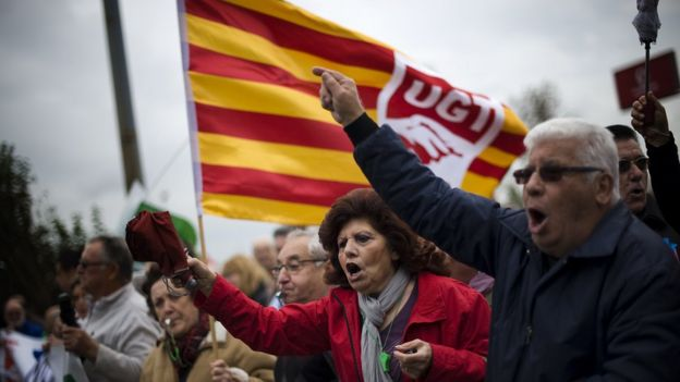İspanya'da Öfkeliler hareketi daha sonra Podemos partisine dönüştü