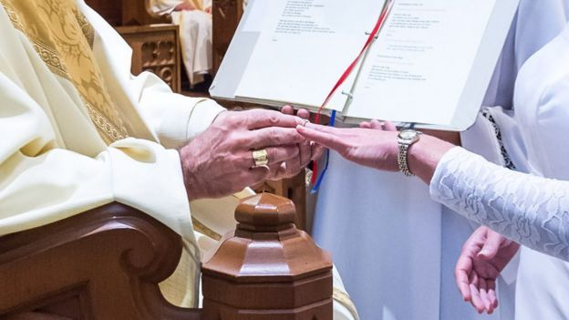 Consecration of Jessica Hayes. Photo by Today's Catholic/Joe Romie