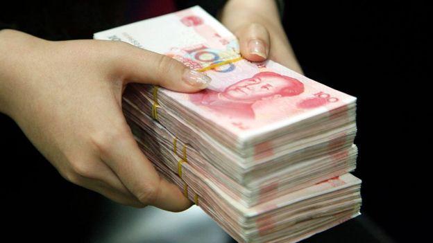 Derechos de autor de la imagen GETTY IMAGES Image caption El alza de la deuda es uno de los desafíos que afectan la economía china.