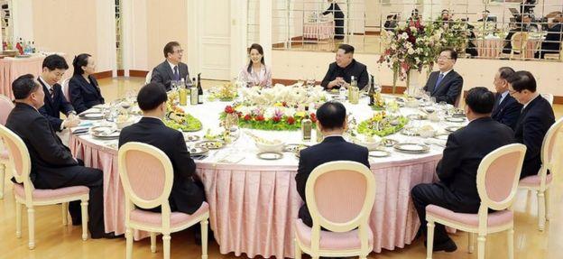 金正恩本周曾举行晚宴招待访朝的韩国官员
