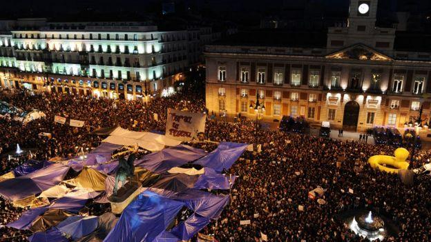 İspanya'nın başkenti Madrid'de 2011 yılında işgal edilen bir meydan