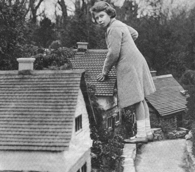 A young Queen Elizabeth at Bekonscot