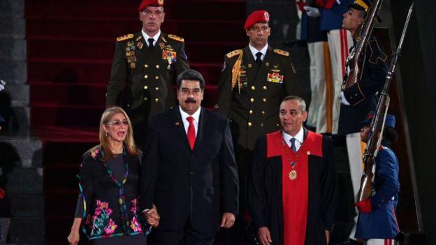 Maduro conserva el control de la mayoría de las instituciones del país.