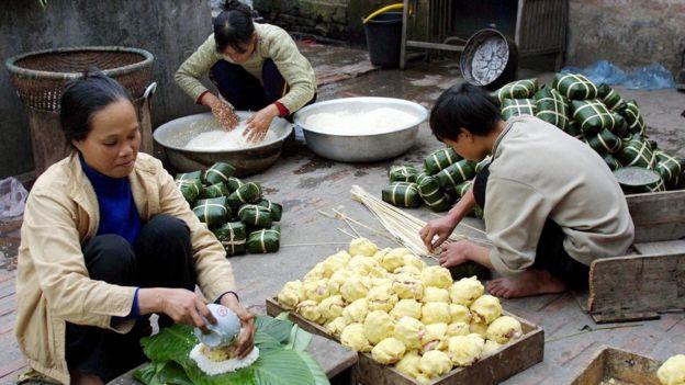 Tết Nguyên Đán là dịp rất bận rộn cho các chị em phụ nữ Việt Nam