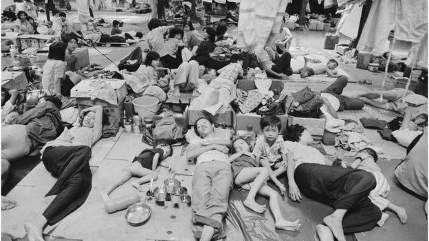 Người tỵ nạn từ Việt Nam trong một trại ở Hong Kong năm 1980