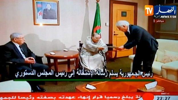 Abdelaziz Bouteflika hands over power