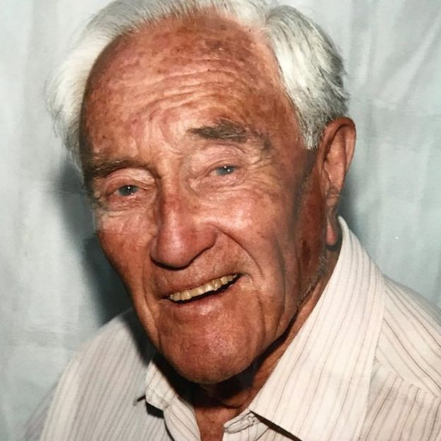 Goodall en un retrato sin fecha.