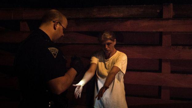 El fentanilo, la heroína y los analgésicos recetados protagonizan la crisis de adicción a los opiáceos en EE.UU.