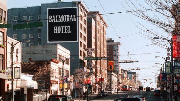 Фото центра Ванкувера 25 февраля 2002 года