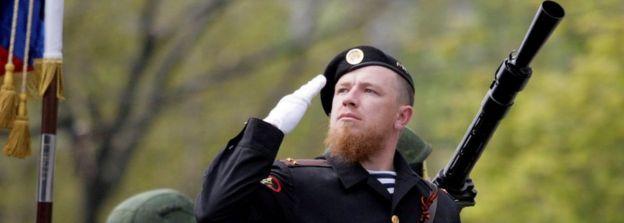 Ukraine conflict: Rebel leader Givi dies in rocket attack