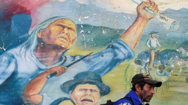Los activistas dicen que no abandonaran la lucha por las amenazas.