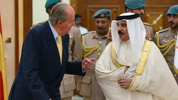King Juan Carlos and Bahraini King Hamad bin Isa Al-Khalifa in 2014