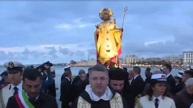 St Nicholas procession in Bari (still from video, courtesy of San Nicola Basilica)