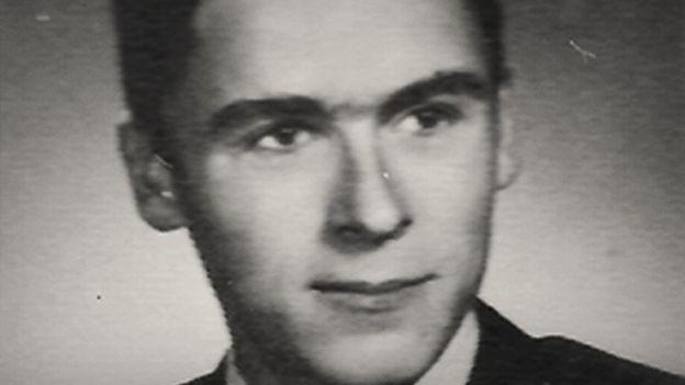 Ted Bundy joven