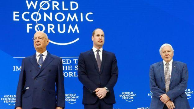 Hoàng tử Anh William (Giữa) tham dự Davos 2019 ngày 22/1