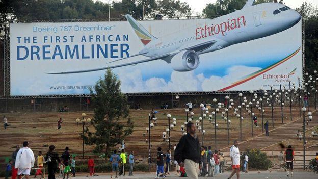 Valla publicitaria de Ethiopian Airlines