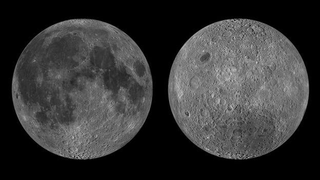 """Imagem mostra dois lados da lua: o primeiro, com mais planíces basálticas escuras, é o que se vê da terra. O segundo, menos escuro, é o lado """"novo"""" para nós"""