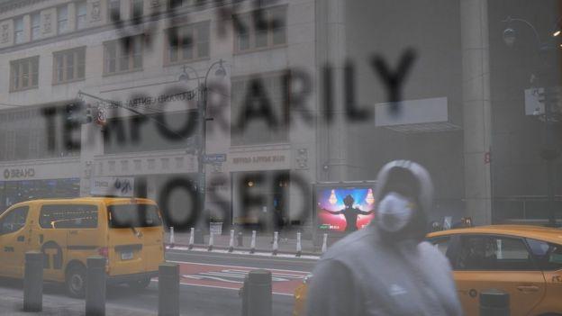 一些紐約小生意因疫情而關閉