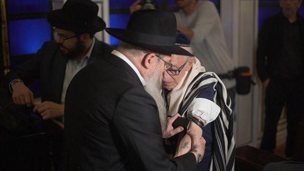 Andor Stern em seu bar mitzvah especial
