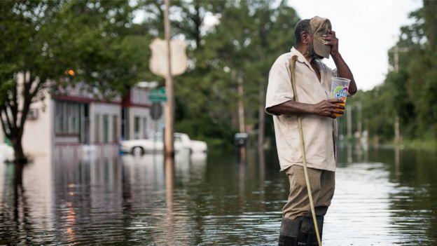 Güney Carolina'da Florence kasırgasından haftalar sonra hâlâ sular altında olan bölgeler vardı