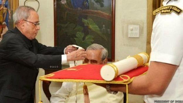 अटल बिहारी वाजपेयी, भारत रत्न, प्रणब मुखर्जी
