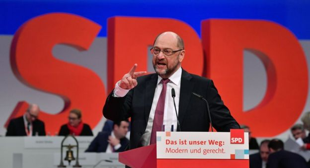 Leader of the Social Democratic Party (SPD) Martin Schulz addresses delegates during the party's congress on 8 December, 2017 in Berlin.
