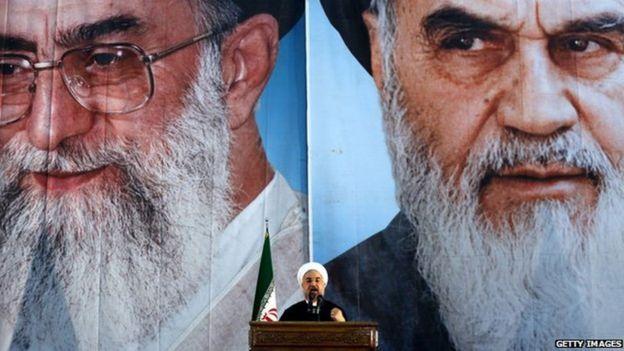 Aayatullah Cali Khameney iyo Aayatullah Ruuxullah Khumeyni