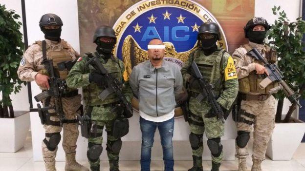 El Marro detenido.