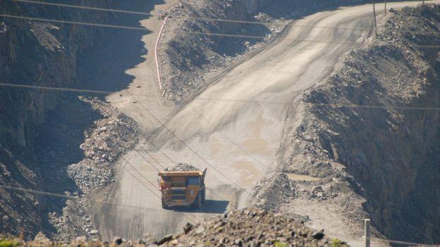 Cá mỏ khai thác đất hiếm ở Trung Quốc
