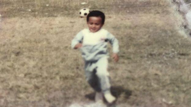 ছোটবেলায় ফুটবলের সাথেই বেশি সখ্য ছিল সাকিবের